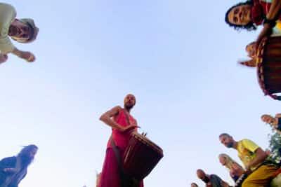 Modi introduces Hippy Visa India to zero-income foreigners